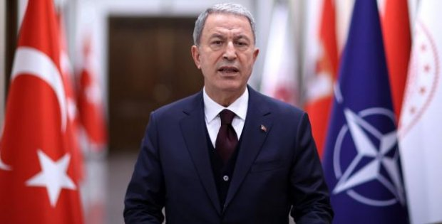 Akar: NATO'da terörle mücadelede birlik içinde hareket etmenin altını çizdik
