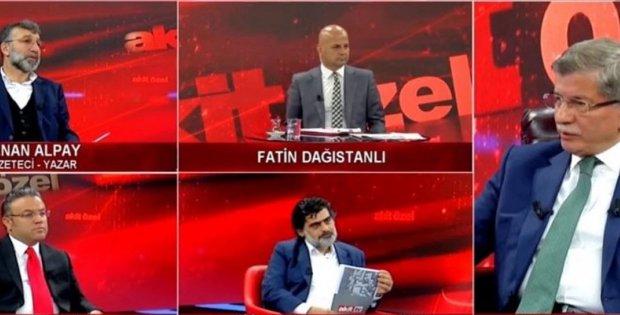 Akit Tv'ye konuk olan Ahmet Davutoğlu, sabrı ile takdir topladı