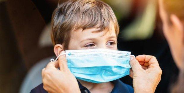 Boğaz enfeksiyonu vakaları arttı: Aileler çocuklarını takip etmeli