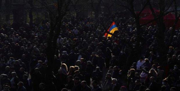 Ermenistan ve Karabağ'da neler oluyor?