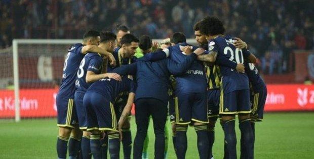 Fenerbahçe, Yeni Malatyaspor karşısında moral arıyor