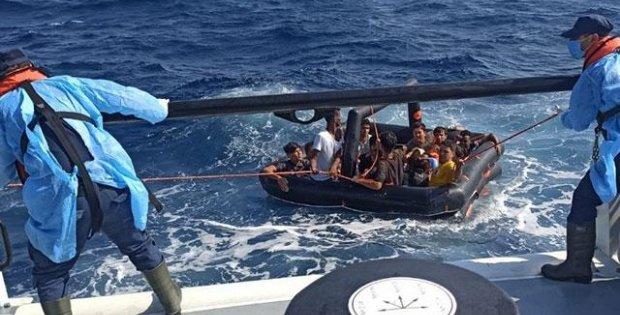 Yunanistan ölüme itti, 388 sığınmacıyı Türkiye kurtardı